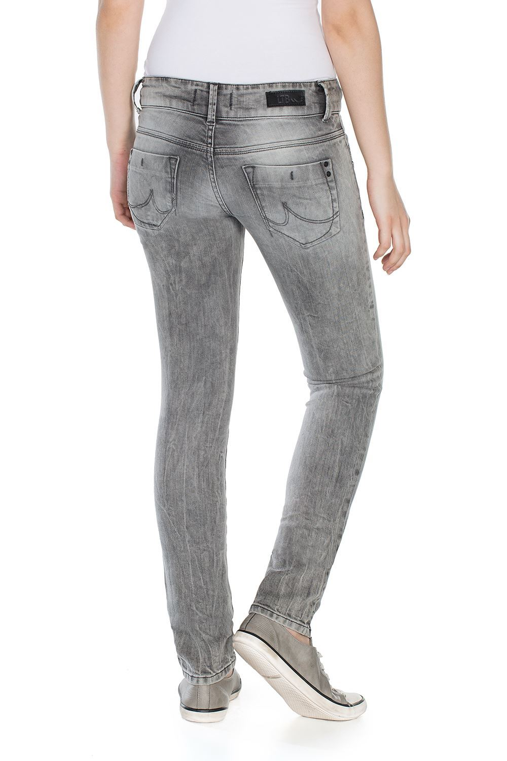 Picture of MOLLY WOLF GREY UN DAMAGED WASH HOSE